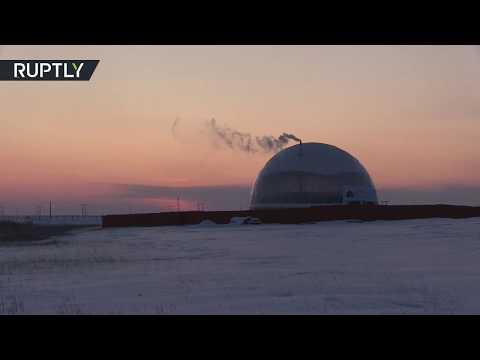 شاهد بناء قُبة مقاومة للبرودة فوق منزل لدراسة توفير الطاقة في تجربة روسية فريدة