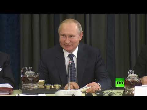 فلاديمير بوتين يتحدث بالألمانية من جديد