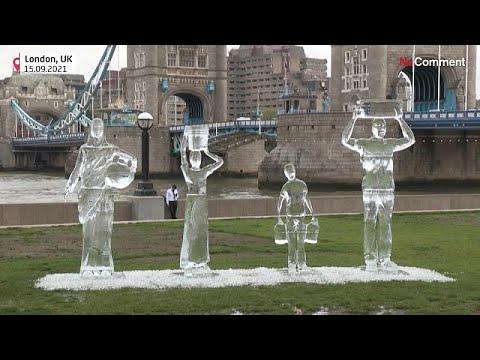 منحوتات جليدية وسط لندن للتحذير من شح المياه في ظل التغير المناخي
