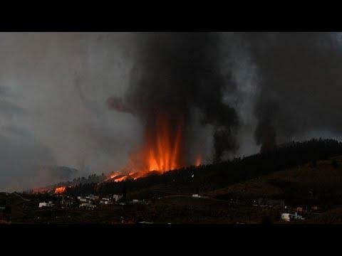 ثوران بركان جزيرة لا بالما الإسبانية وإجلاء آلاف السكان