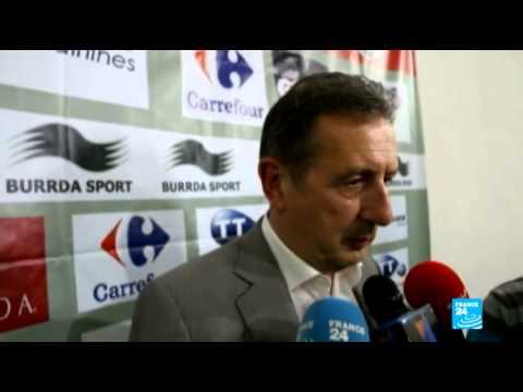 مدرب تونس جورج ليكنز يُؤكِّد على صعوبة مباراة الفراعنة